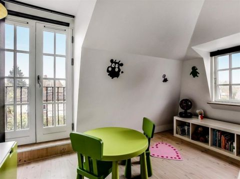 格调北欧黄色二手房地板砖装修设计