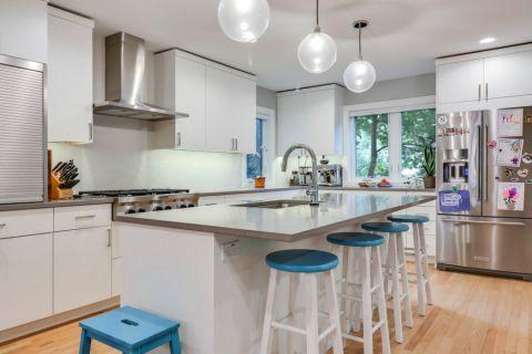 厨房现代风格效果图大全2017图片_土拨鼠清爽写意厨房现代风格装修设计效果图欣赏