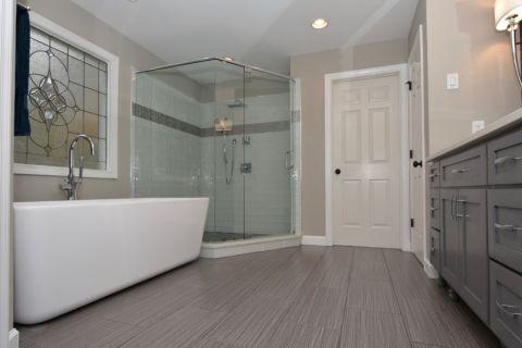 60平米公寓现代风格装修案例