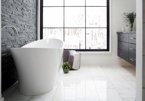 沉稳浴室案例图片
