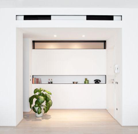 玄关隐形门现代装修案例