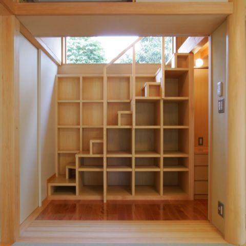 質樸樓梯設計效果圖