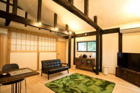 干净客厅日式案例图