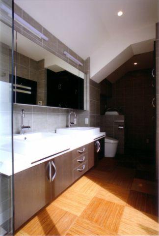 卫生间米色地板砖日式风格装饰设计图片