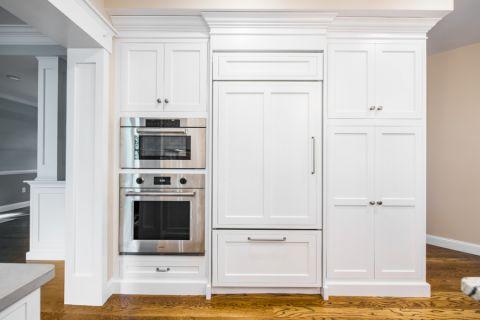 厨房白色背景墙美式风格装饰设计图片