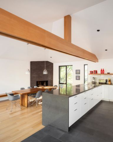 厨房米色地板砖北欧风格装潢设计图片