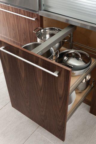 厨房咖啡色细节现代风格装饰图片