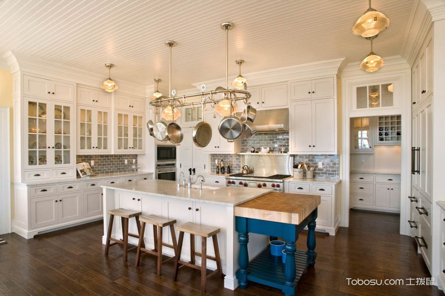 厨房白色餐桌美式风格装潢设计图片