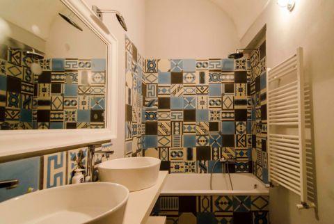 浪漫卫生间混搭装潢图片