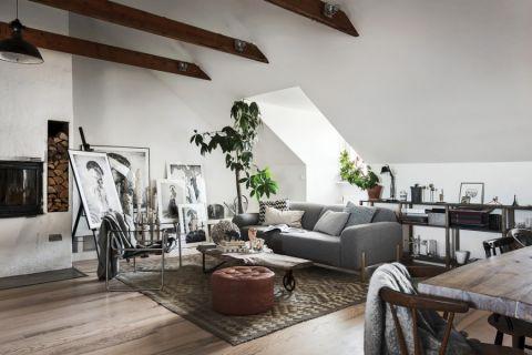 客厅沙发北欧装修案例图片