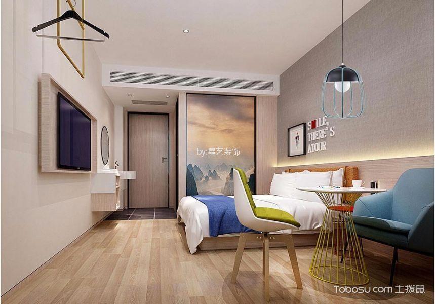 大床房装潢实景图片