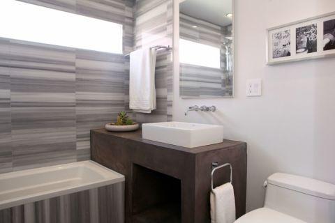 浴室现代风格效果图大全2017图片_土拨鼠简洁迷人浴室现代风格装修设计效果图欣赏