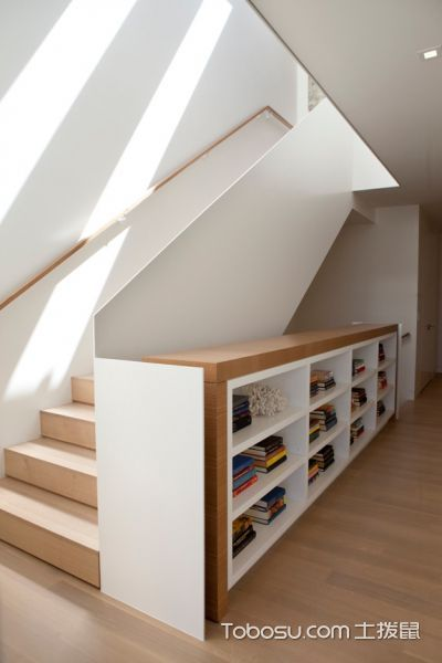 客厅白色现代风格装潢图片