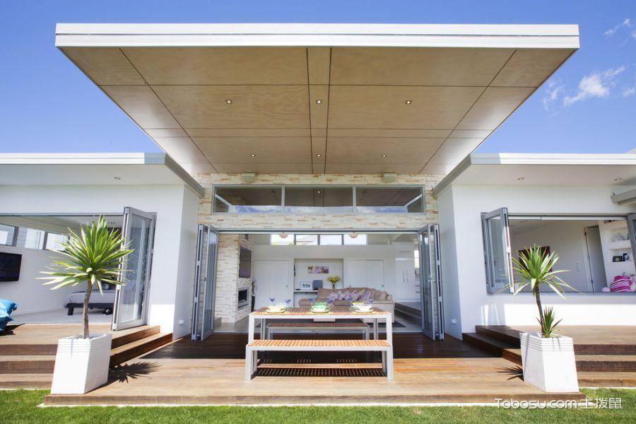 阳台白色推拉门现代风格装潢效果图