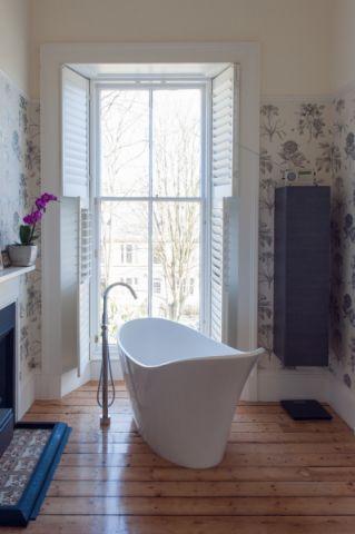 浴室浴缸混搭风格装修设计图片