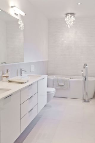 浴室现代风格效果图大全2017图片_土拨鼠典雅舒适浴室现代风格装修设计效果图欣赏