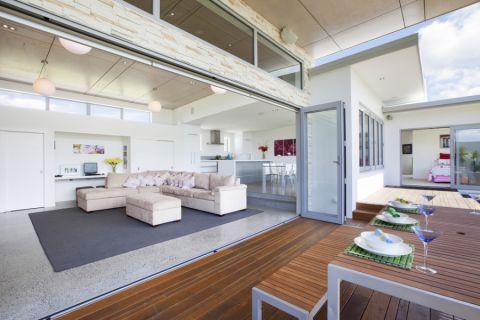客厅推拉门现代风格装修设计图片
