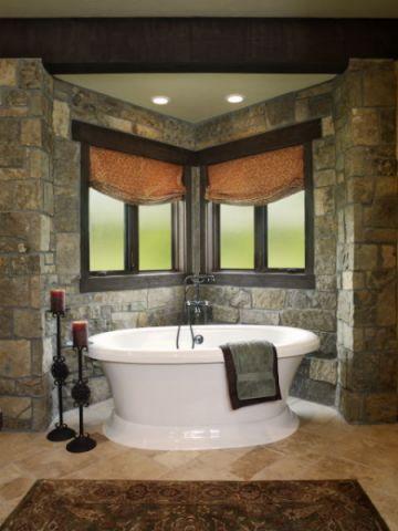 浴室浴缸古典风格装潢图片