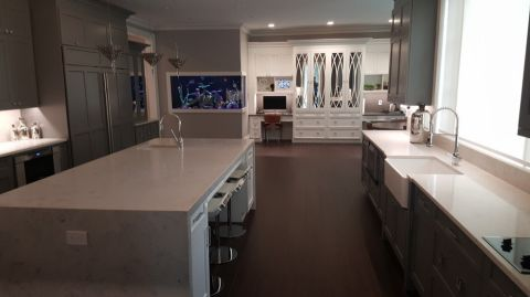 土拨鼠装修网提供2017最新厨房现代风格装修效果图,海量高清古朴奢华厨房现代风格装修图片欣赏,免费赠送业主厨房现代风格装修设计图片,土拔鼠用心为你装好家.