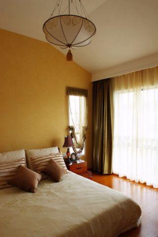 卧室咖啡色床中式风格装饰图片