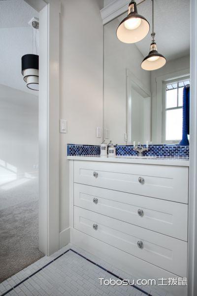 浴室白色灯具美式风格装饰设计图片