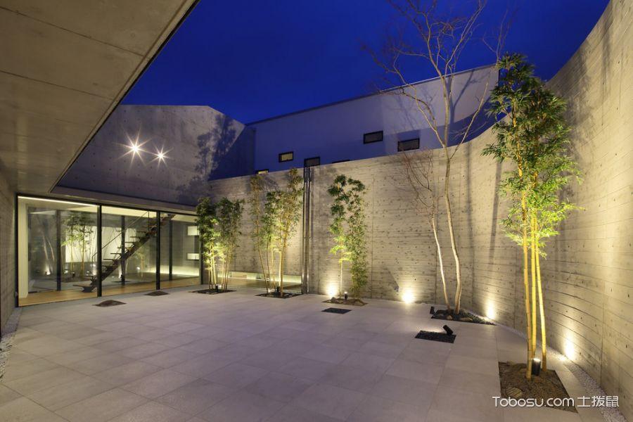 阳台黑色推拉门现代风格装修效果图
