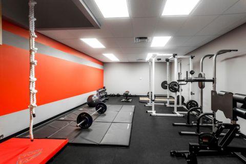 健身房现代风格效果图大全2017图片_土拨鼠温馨自然健身房现代风格装修设计效果图欣赏