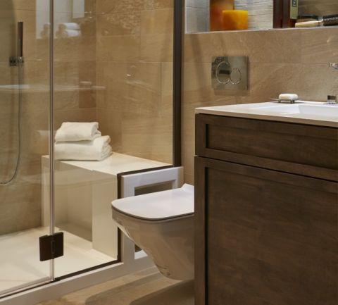 浴室现代风格装潢图片