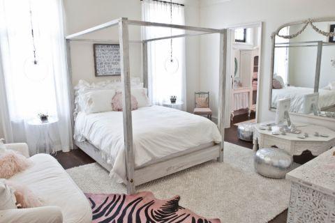 卧室白色床美式风格装饰图片