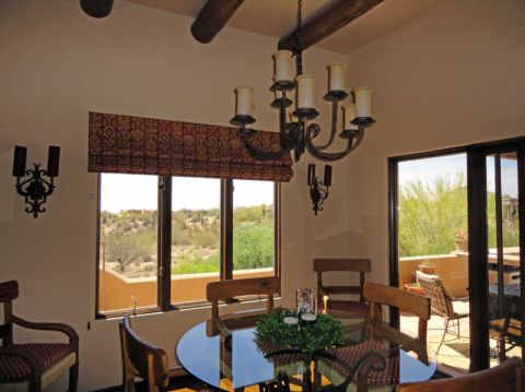 厨房白色吊顶地中海风格装饰效果图