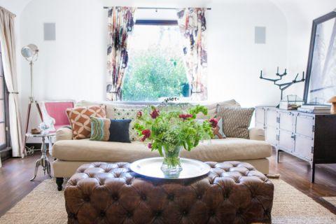 客厅彩色窗帘混搭风格效果图