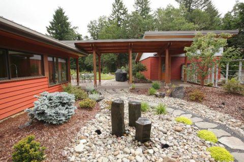 花园走廊现代风格装潢效果图