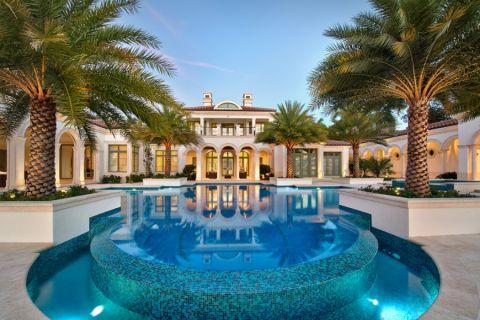 花园泳池地中海风格效果图