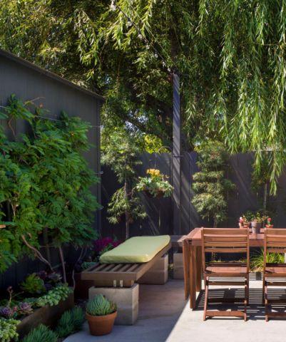 阳台餐桌现代风格装饰设计图片