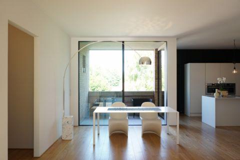 现代风格别墅240平米装修图片