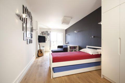 现代风格四居室160平米装修图片