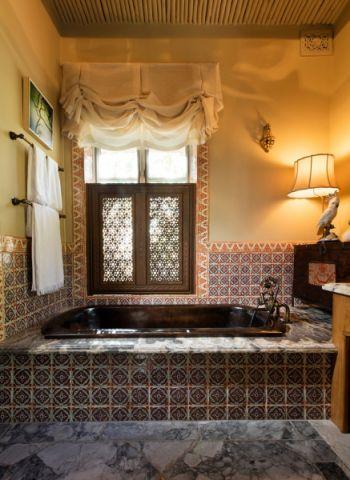 浴室窗帘地中海风格装修设计图片