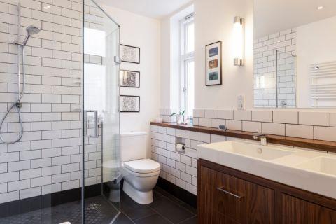 浴室照片墙现代风格装饰设计图片