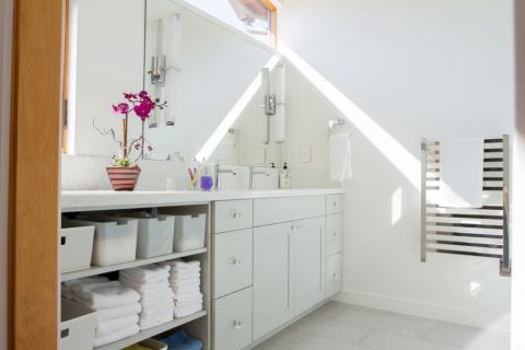 浴室现代风格效果图大全2017图片_土拨鼠精致沉稳浴室现代风格装修设计效果图欣赏