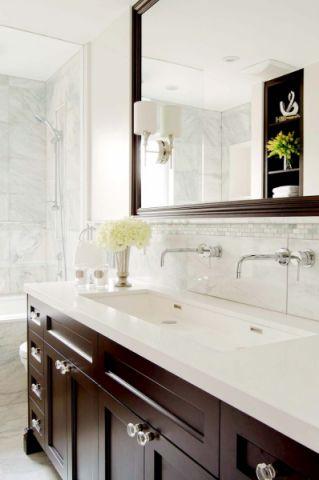 浴室美式风格装饰图片