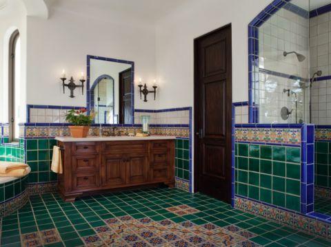 干净混搭咖啡色浴室柜装饰实景图片