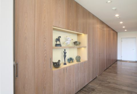 玄关背景墙现代风格装修设计图片