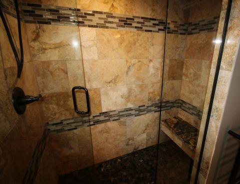 浴室现代风格装饰效果图