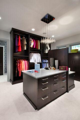 衣帽间衣柜现代风格装饰设计图片