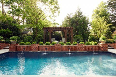 花园楼梯美式风格装潢效果图