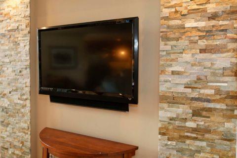 2018混搭客厅装修设计 2018混搭电视背景墙图片