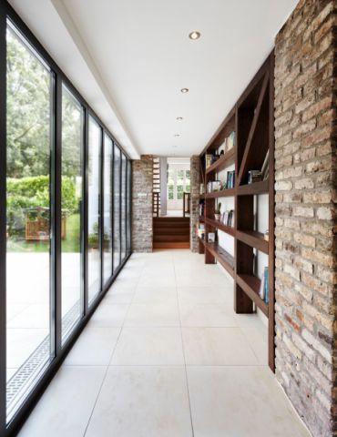 走廊现代风格装潢效果图