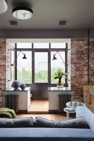 阳台现代风格装修图片