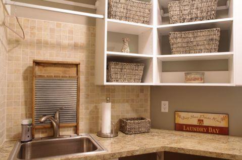 卫生间美式风格装潢图片