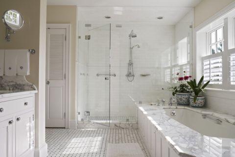 浴室美式风格装饰效果图